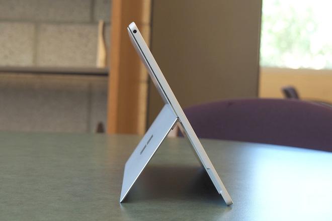 Người dùng trông chờ gì ở Surface Book 3? - Ảnh 2.