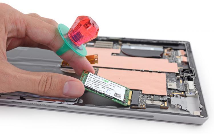 Dịch vụ nâng cấp ổ cứng SSD cho Surface