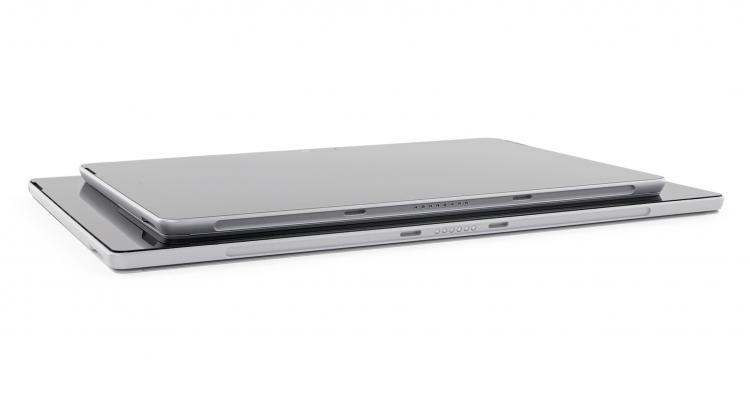 Surface Go khó sửa do toàn bộ linh kiện bắn lên bo, không nâng cấp được gì, 1/10 điểm