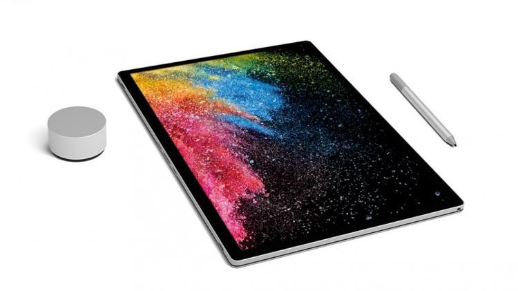 Đang tải Surface Book PixelSense.jpg…